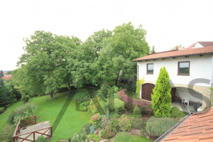 View of house and beautiful garden - For Rent: Unfurnished Four-bedroom family home, Prague 6 - Nebušice, close to the ISP Nebusice