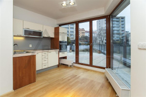 Fantastic updated kitchen - Nice Unfurnished Duplex Flat 3+kk, 2 bathrooms, Prague 4, Na dolinách str.
