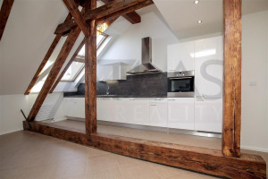 Kitchen - For Rent: Unfurnished 3-bedroom Duplex Apartment, 138,07sqm, Za Strahovem, Praha 6 - Břevnov