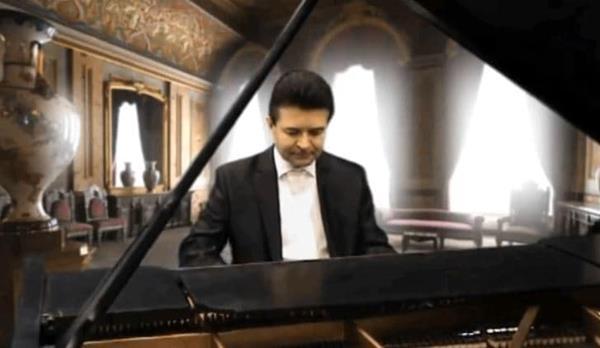 Polský klavírista, Andreas Kazmierzack