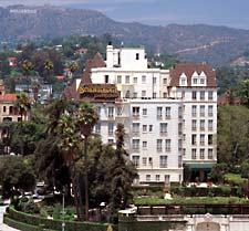 Scientologické celebrity centrum v Los Angeles v Kalifornii dodává scientologické služby umělcům, politikům, sportovcům a vedoucím osobám z průmyslu a podnikání.