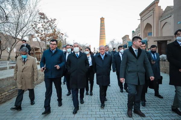 Turecká delegace navštívila Chivu, Bucharu a Samarkand